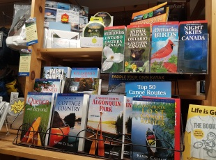 Maps & trail guides