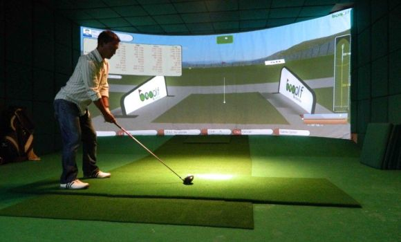 Golfers in the Midland, Ont. area will now be able to play golf all year round.