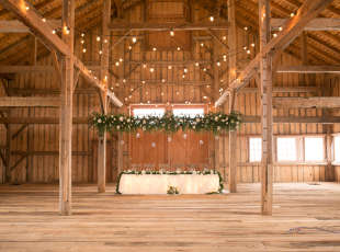 Brussels Four Winds - Wedding & Event Barn