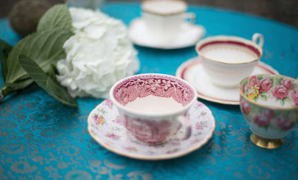 Enter The Search for Vintage China